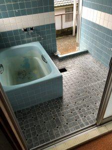 お風呂リフォーム前|豊後大野市三重町E様邸 お風呂リフォーム改修工事|リフォネ大分