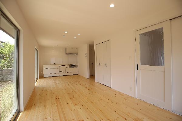 広々LDK 12畳|大分市富士見ヶ丘 平屋リノベーション物件 オープンハウス