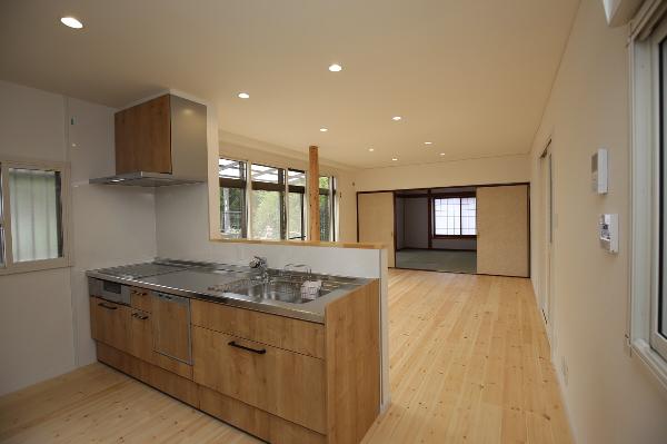 対面キッチン|大分市緑が丘リノベーション物件オープンハウス