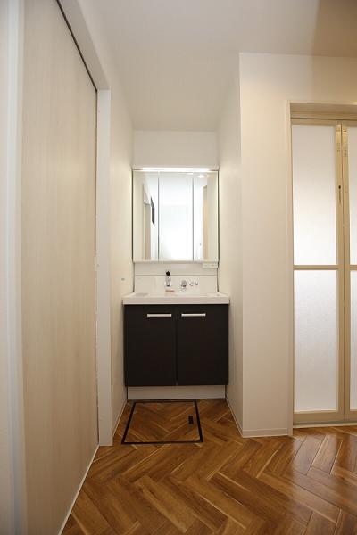 洗面脱衣室|大分市緑が丘リノベーション物件オープンハウス
