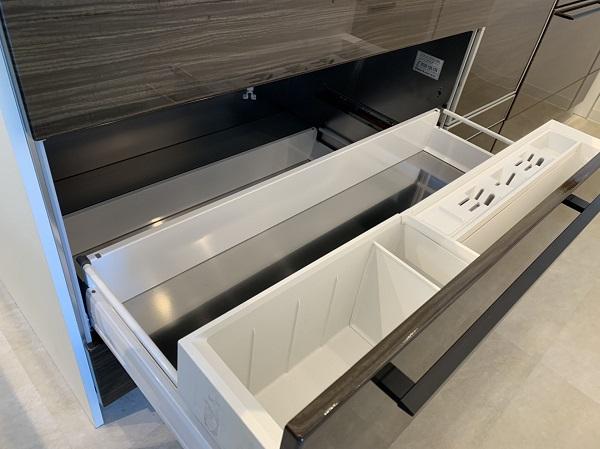クリナップのキッチンステディア ステンレス収納|お家を建てるもしくはリフォーム・リノベーションをするなら?|大分のリフォーム店 リフォネ大分スタッフブログ