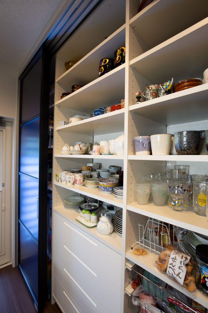 キッチン収納棚のリフォーム施工後