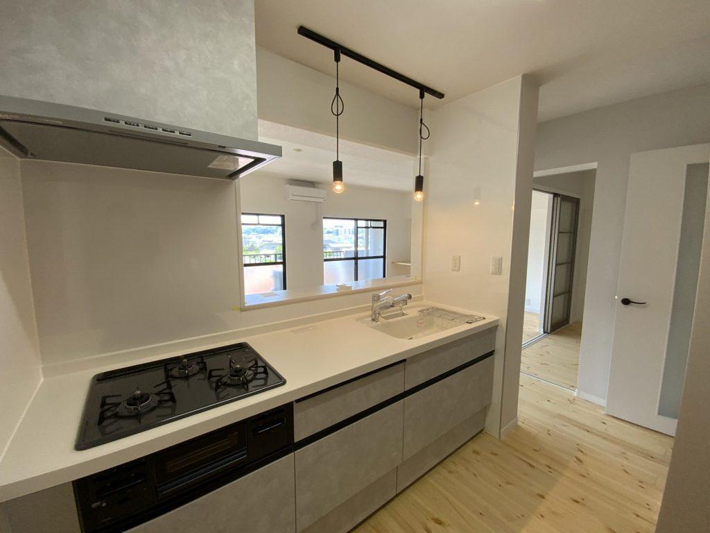 マンションリノベーション物件~キッチン編~<br />お掃除もしやすく、使いやすいキッチンに